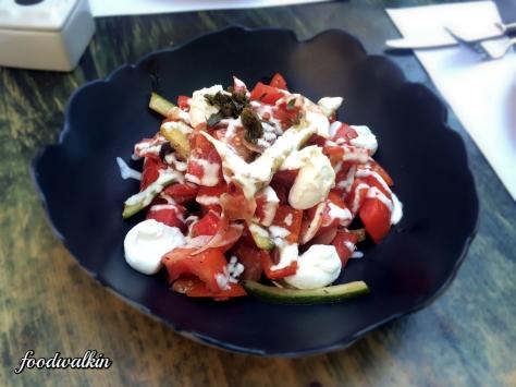 greek salad(2)